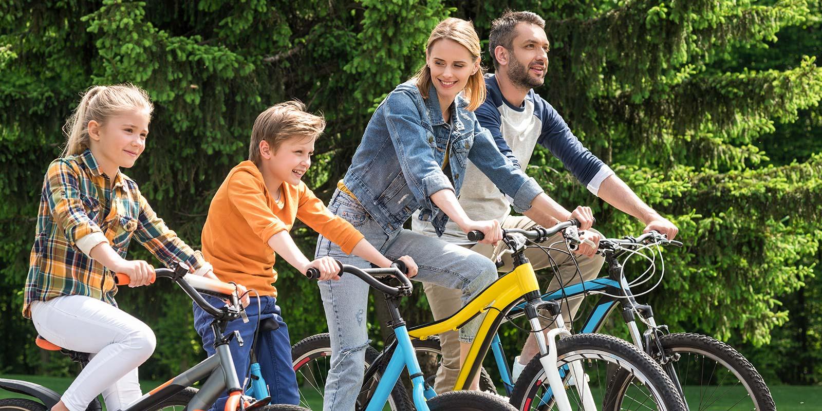 Radfahrer Familie bei Ausflug